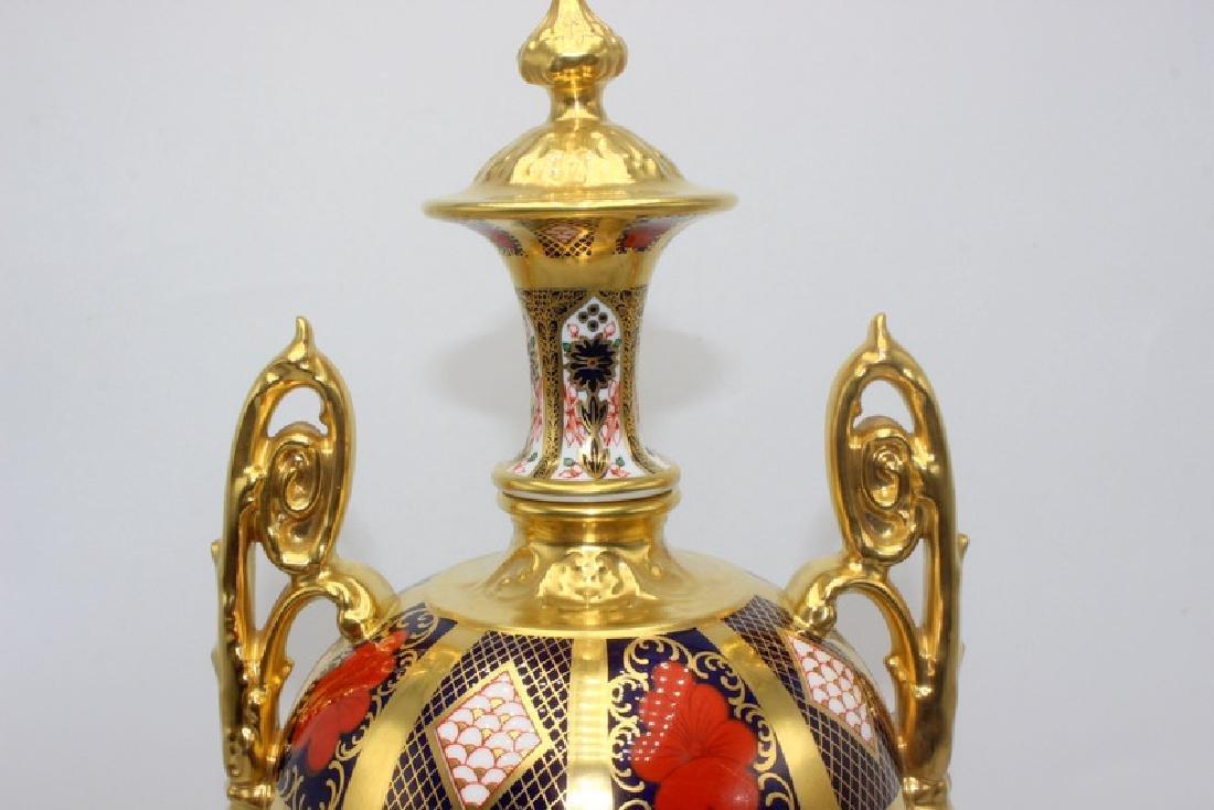 Royal Crown Derby 'Old Imari' Lidded Urn - 2
