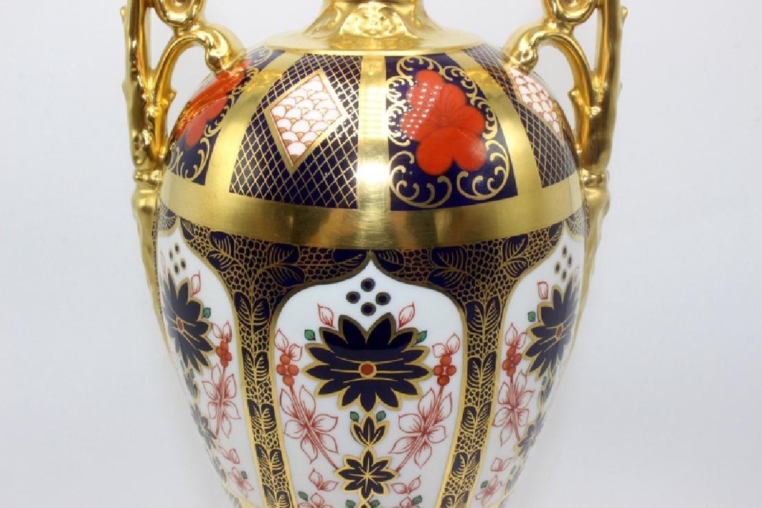 Royal Crown Derby 'Old Imari' Lidded Urn - 3