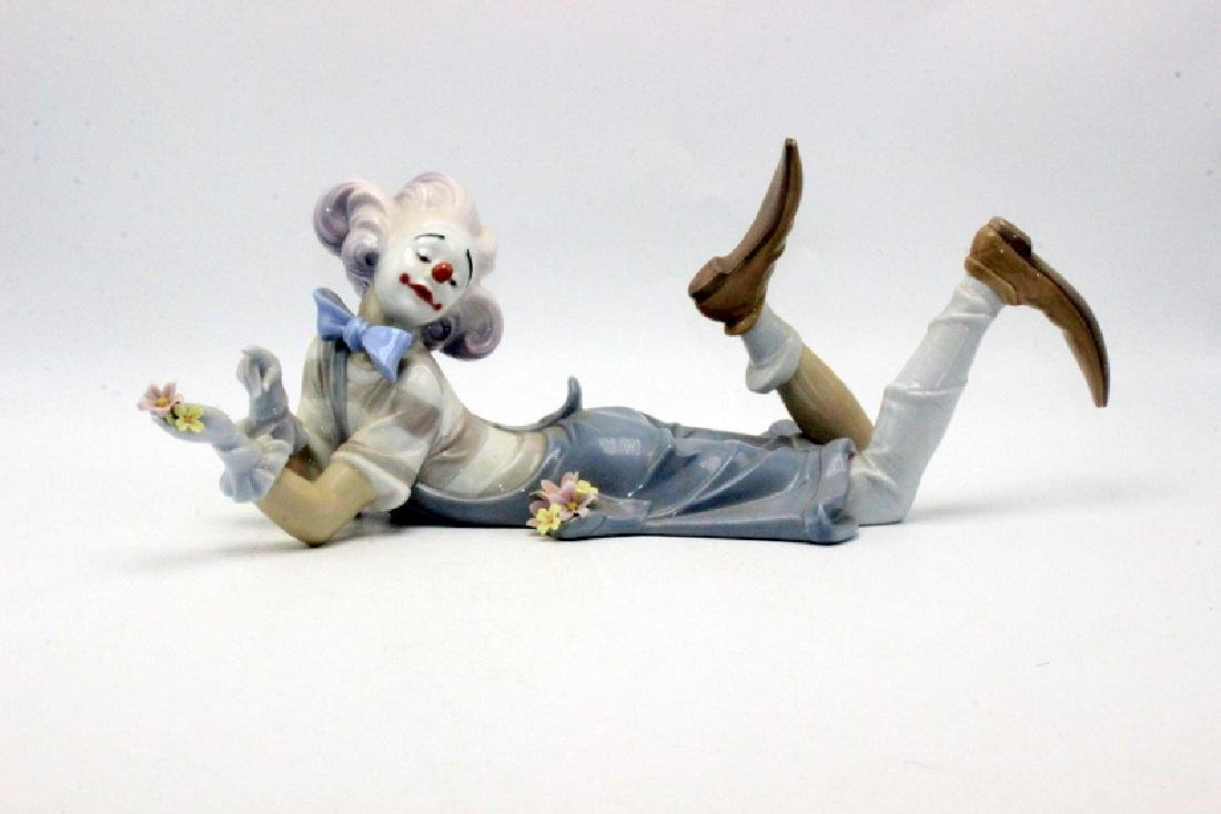 """Lladro Porcelain #6913 """"The Magic of Comedy"""""""
