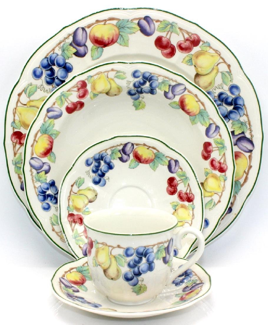 "Villeroy and Boch ""Melina"" Dinner Service for 12"
