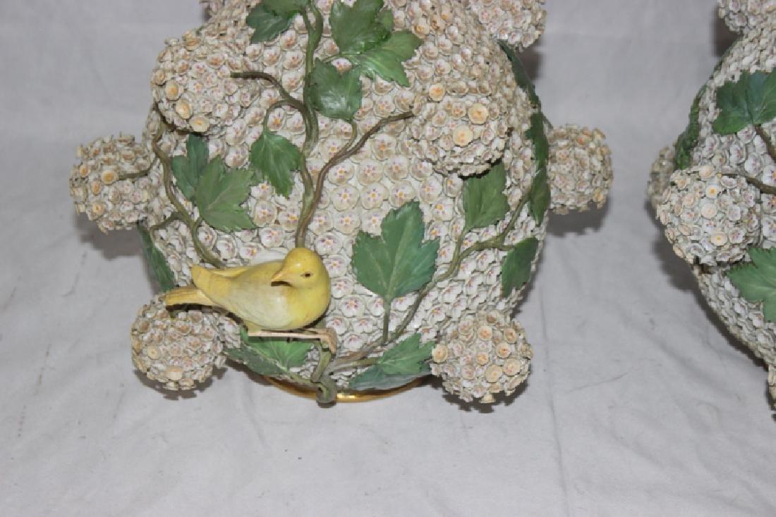 (2) Meissen Schneelballen Vases - 4
