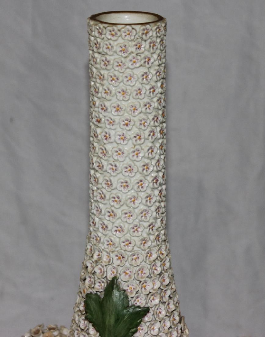 (2) Meissen Schneelballen Vases - 6