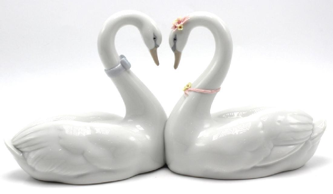 Lladro Swan