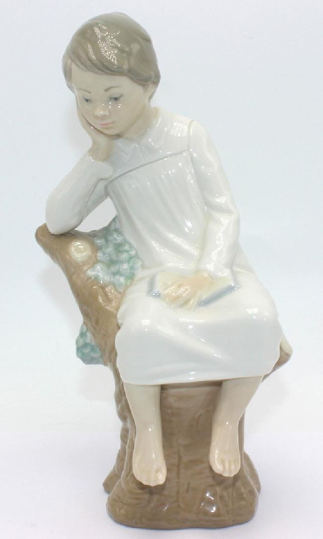Lladro #4876 Porcelain Figurine Little Boy Thinking.