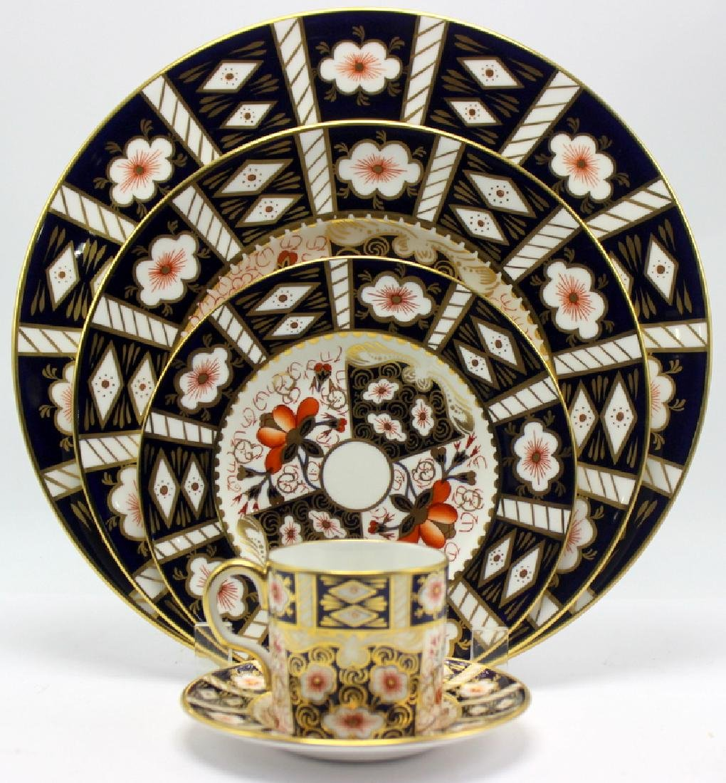 Royal Crown Derby Traditional Imari Dinner Service for