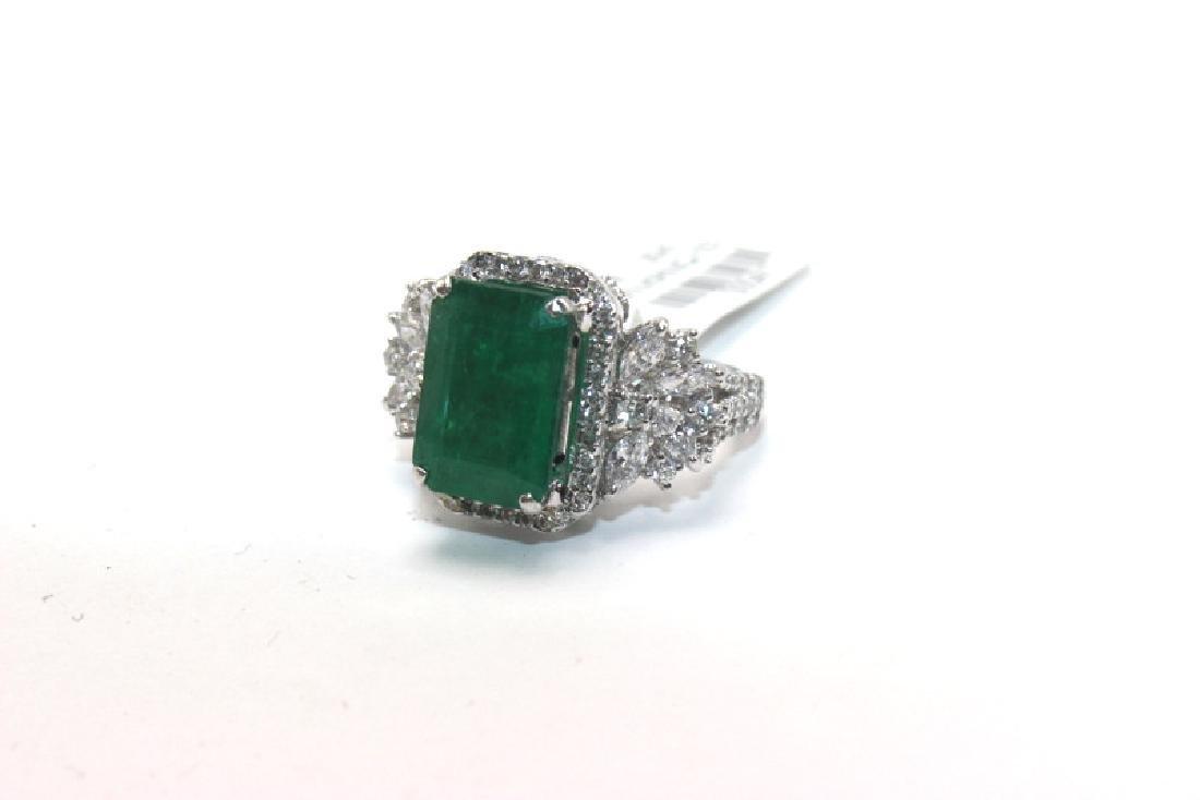 18Kt WG, 1.35ct Diamond & Emerald Ring
