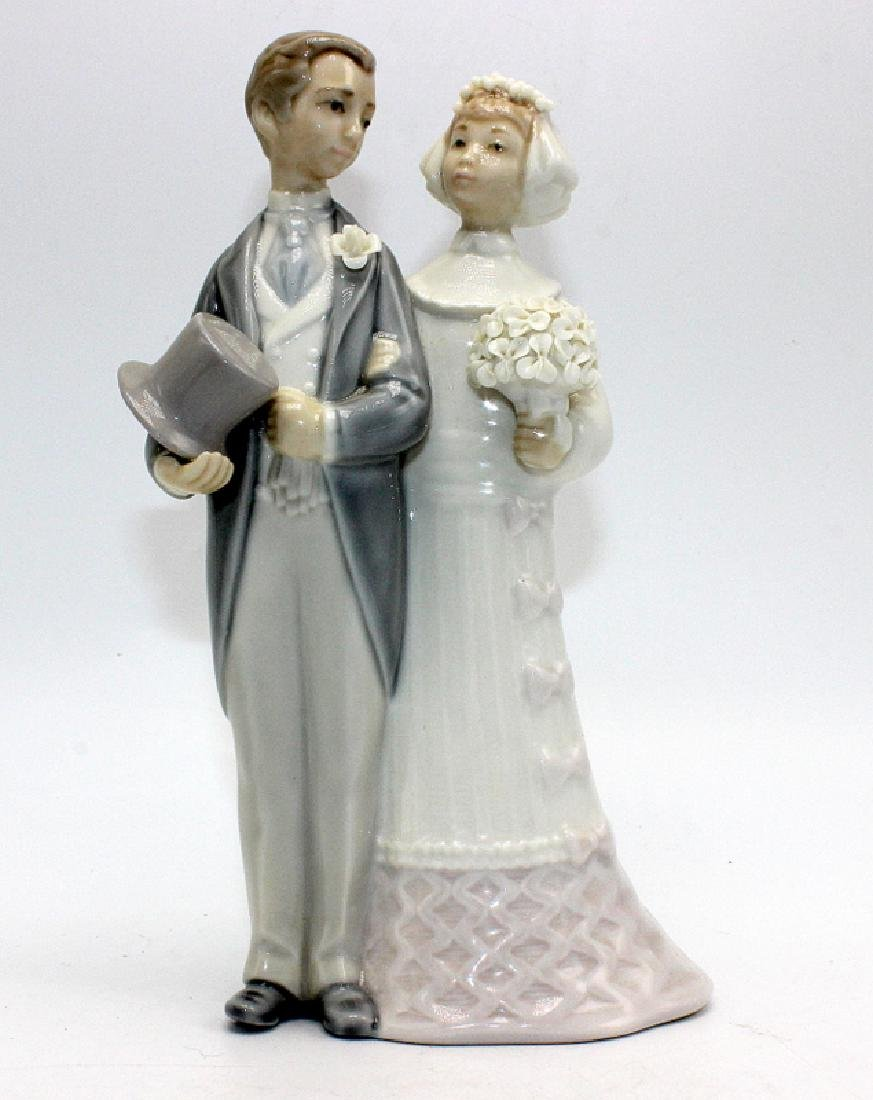 Lladro #4808 Bride & Groom