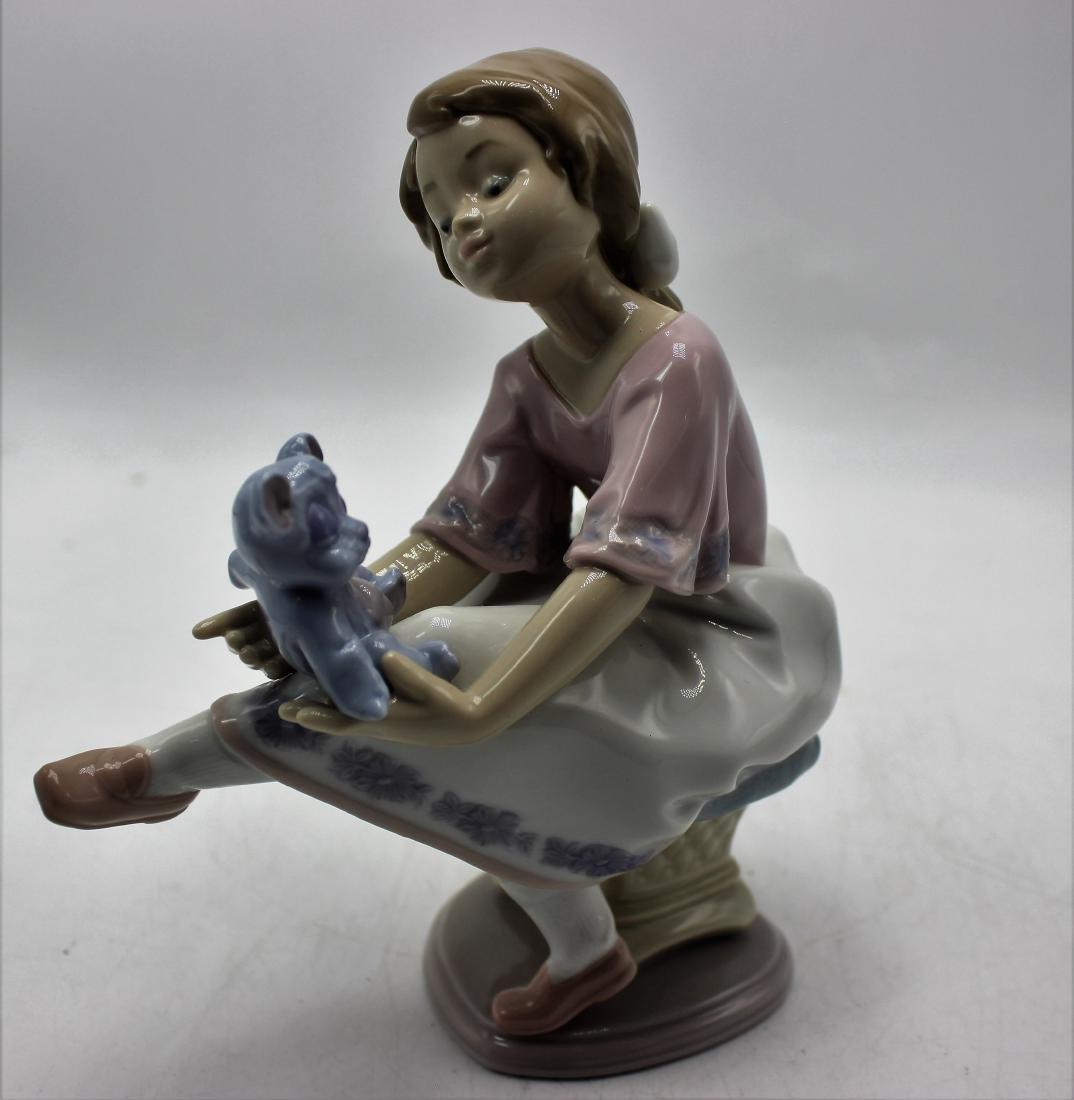 Lladro #7620 Best Friend porcelain