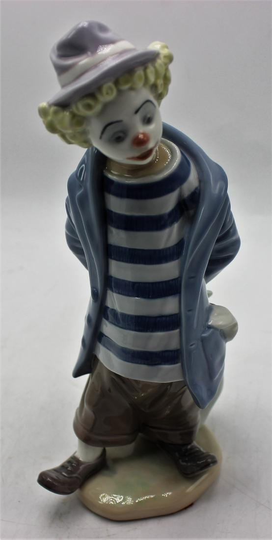 "Lladro porcelain #7602. ""Little traveler"""