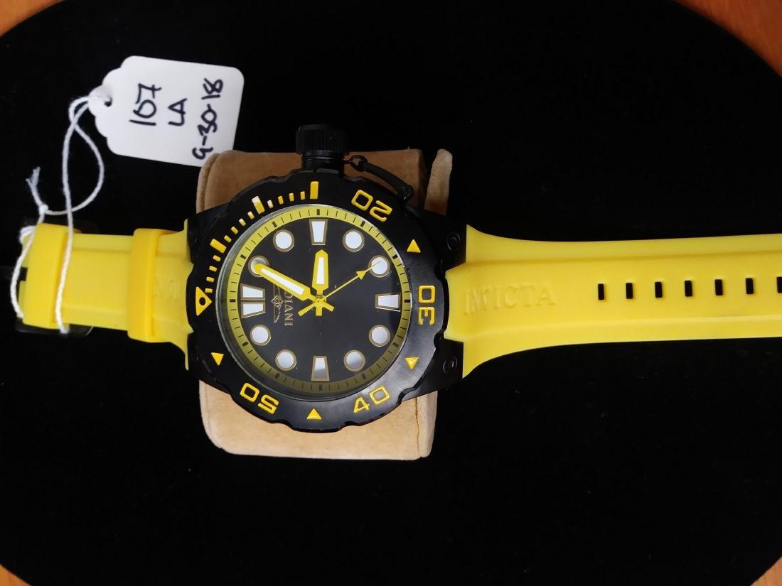 Invicta pro diver model 16138 yellow