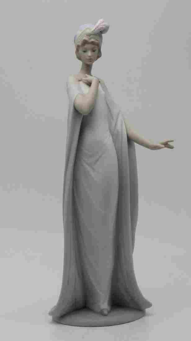 Lladro Porcelain #6403 Breathless Figure