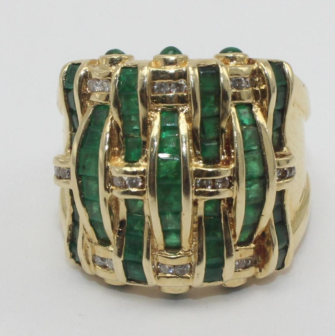 14k YG Italian Approx 2 ct Emerald & 0.25 ct diamond