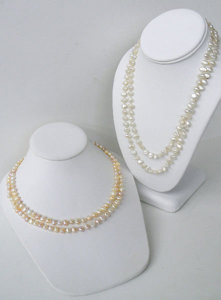 206: TWO STRAND OF BAROQUE PEARLS NECKLACE