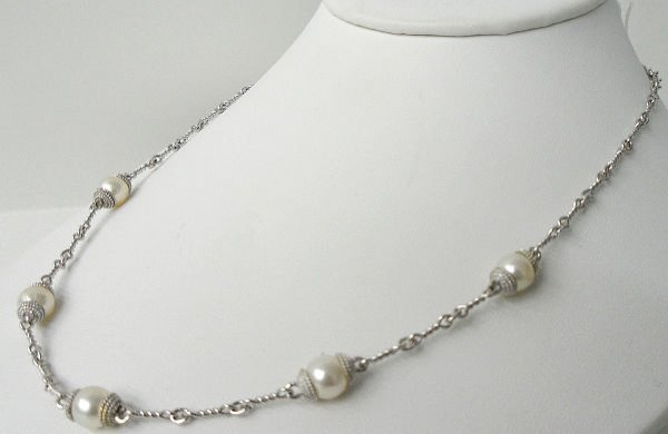 214: ITALY 18KT WHITE GOLD PEARL NECKLACE
