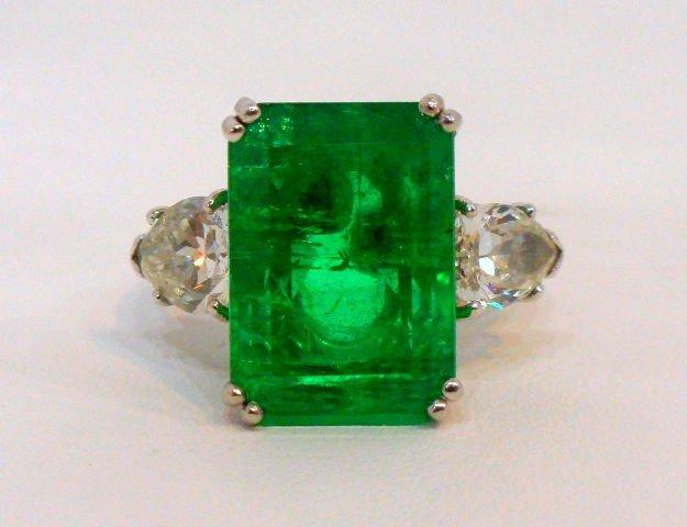 206: Rare & Impressive Platinum Emerald & Diamond Ring
