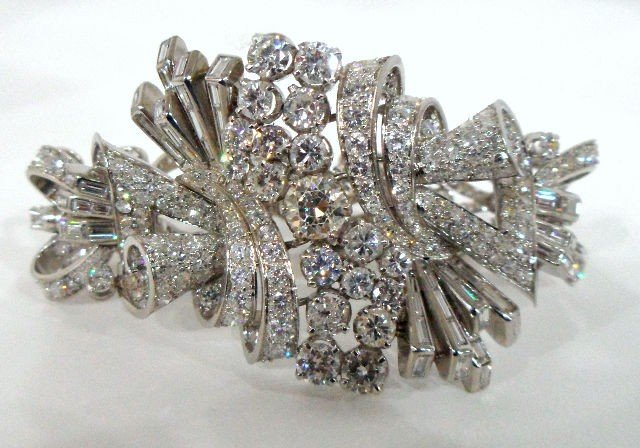 224: Amazing Platinum & 23.50Ct Diamond Bracelet