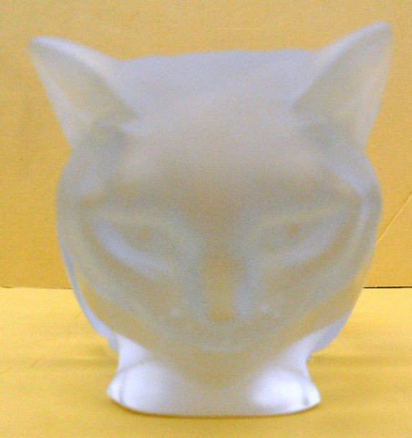 501: Lalique Crystal Cat Crouching, Signed