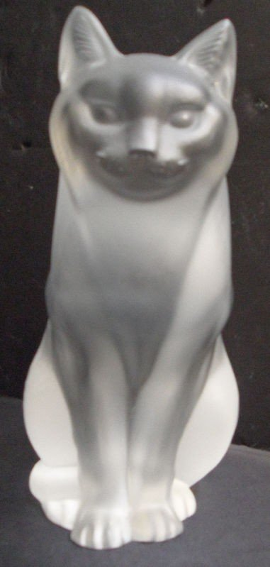 620: Lalique Crystal Sitting Cat # 1160300