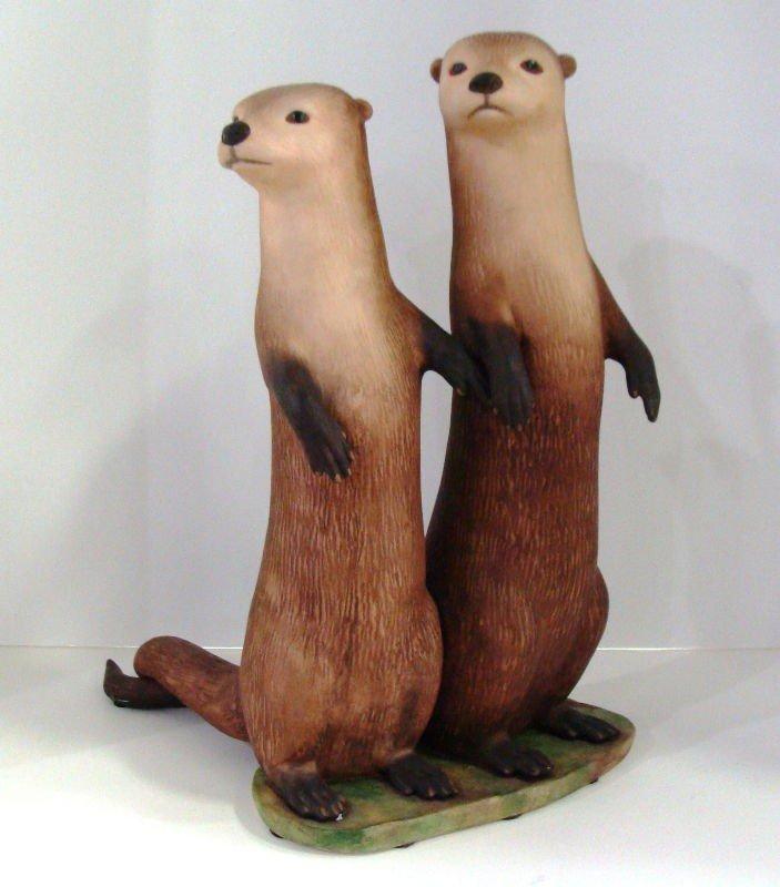 "612: Lazlo Ispanky ""True Love"" Otter Figurine"