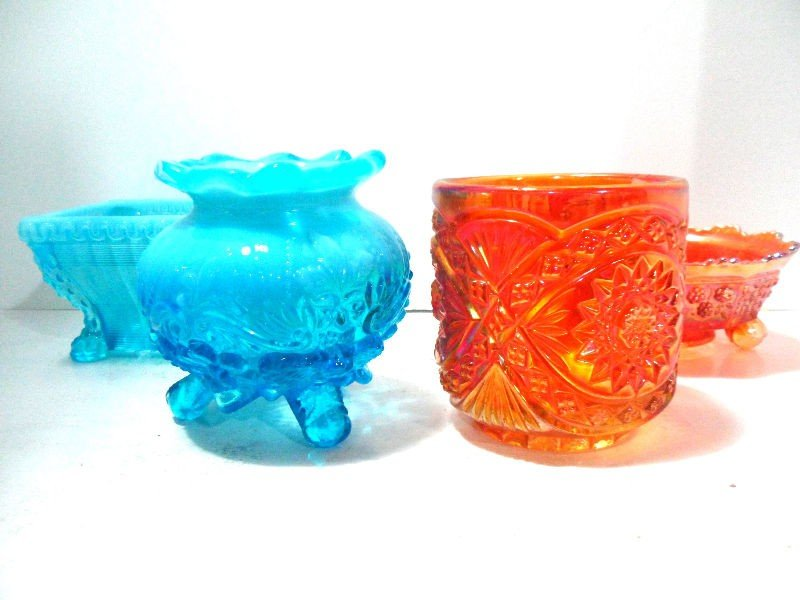 411: Collection of 4 Vintage Carnival Glass Pieces