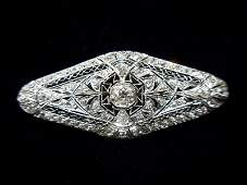 640A Platinum Art Deco 245Ct Diamond Brooch