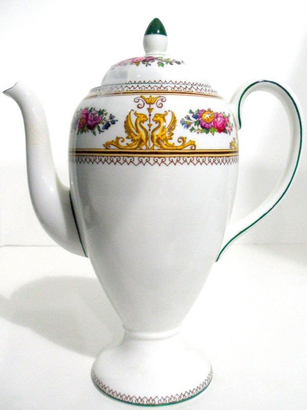 702: Wedgwood Porcelain Columbia Coffeepot