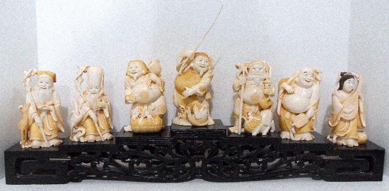 706A: Japanese Ivory Set of Seven Immortals