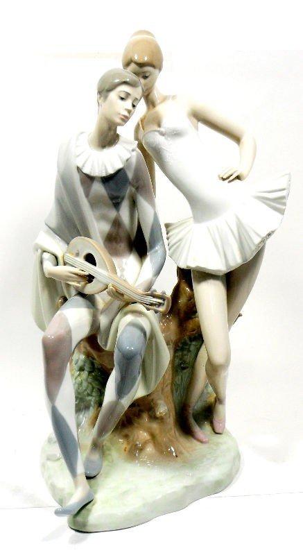 "626: Lladro Porcelain Figurine ""Romance"""