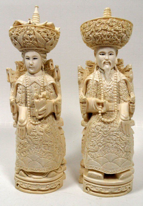 617A: Chinese Ivory Carved Figures of an Emperor & Empr