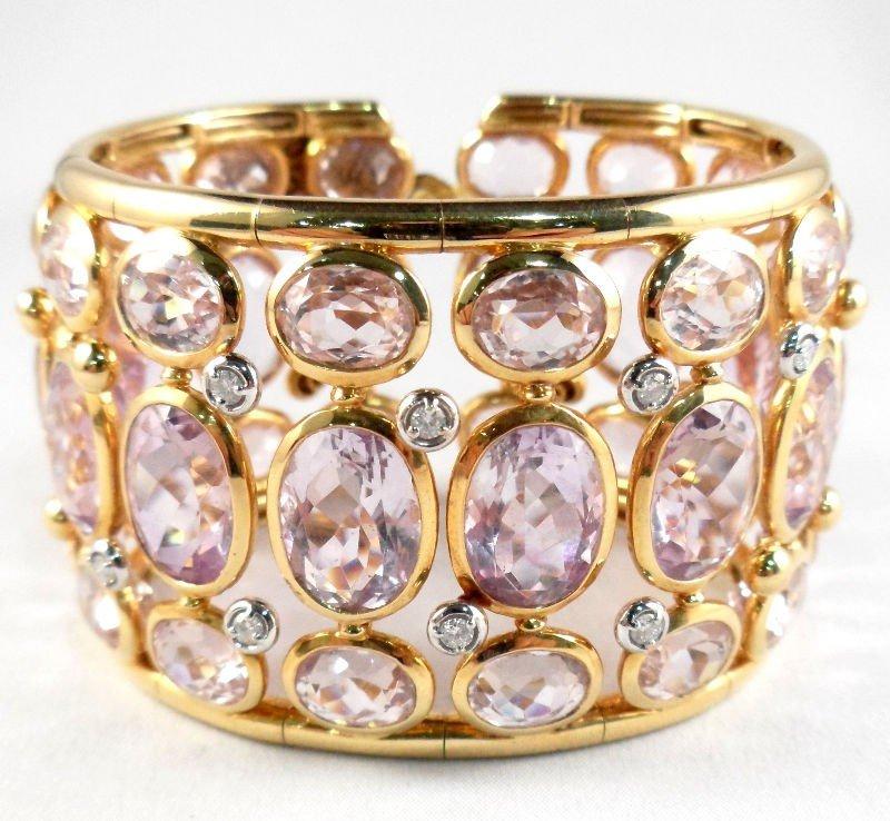 617B: 18Kt. Y.G. Kunzite Bangle Bracelet