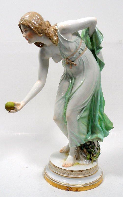518: Meissen Porcelain Figure of a Woman