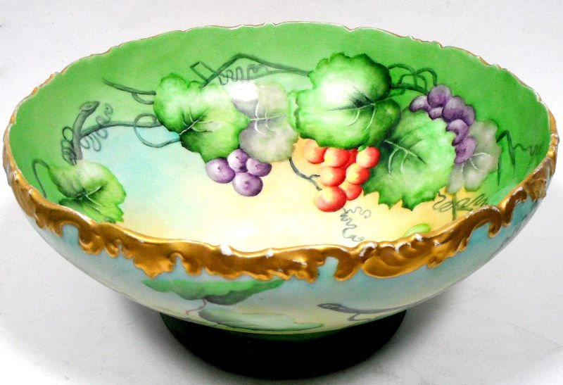 17: French Haviland Limoges Centerpiece Bowl