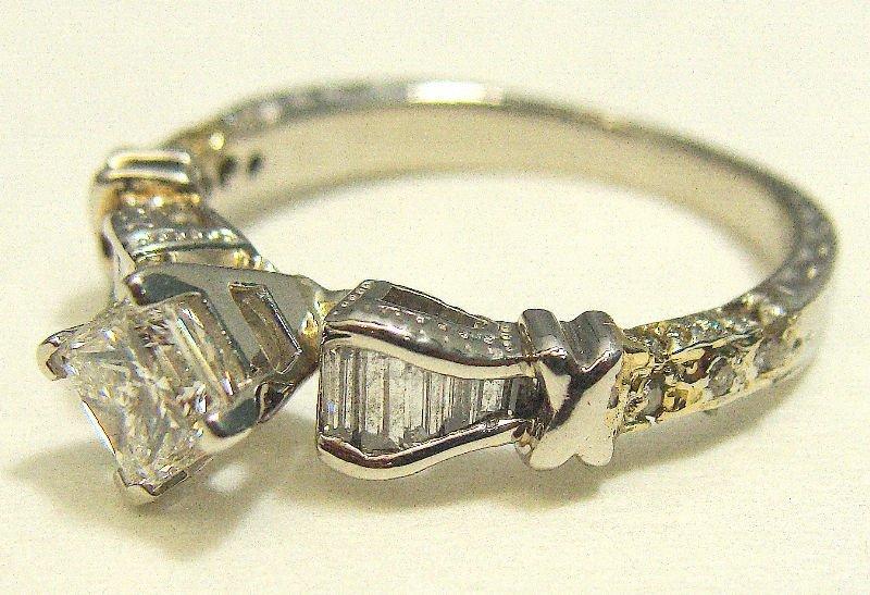 514A: Platinum & Diamond Engagement Ring