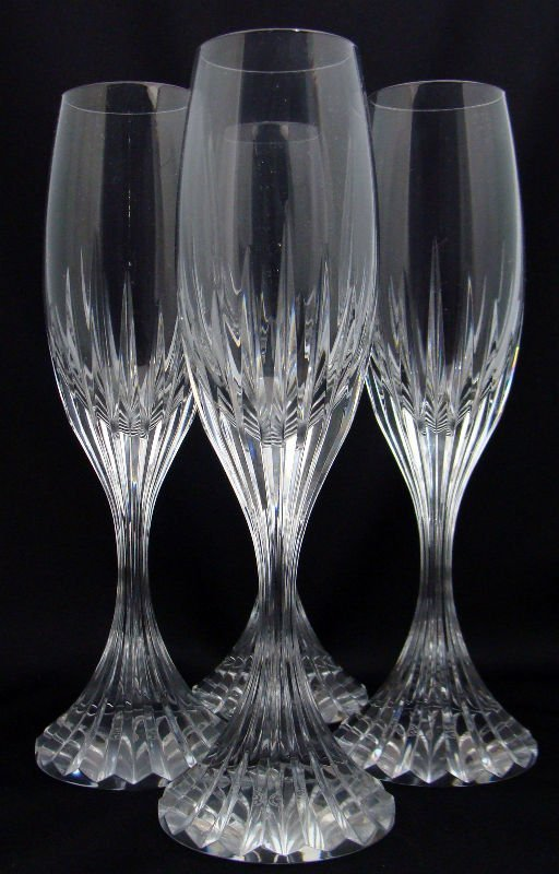 800: 4 Baccarat Crystal Messena Champagne Flutes
