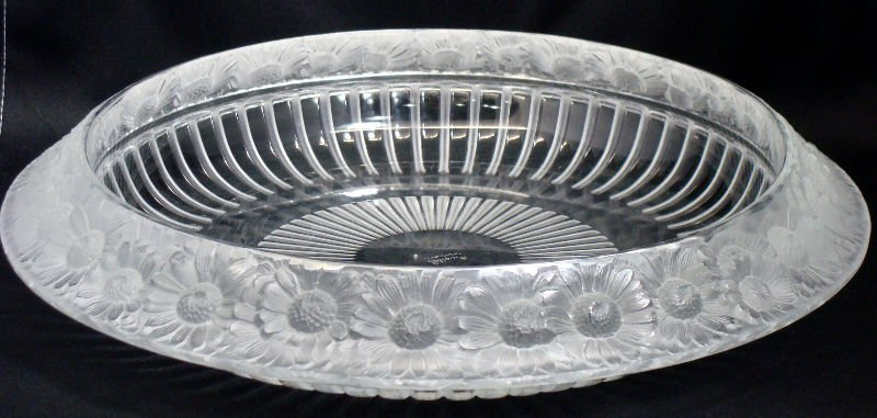 815: Lalique Crystal Marguerite Bowl