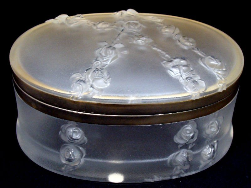 """5: Lalique Crystal Oval Covered """"Copella"""" Box"""
