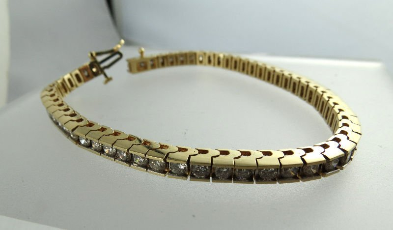 5ct Diamond Tennis Bracelet Set in 14kt YG