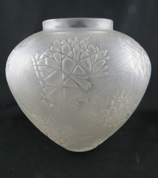 Rene Lalique Esterel Motif Glass Vase