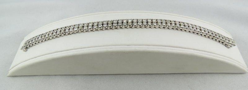 18Kt WG Double Row Diamond Straight Line Bracelet
