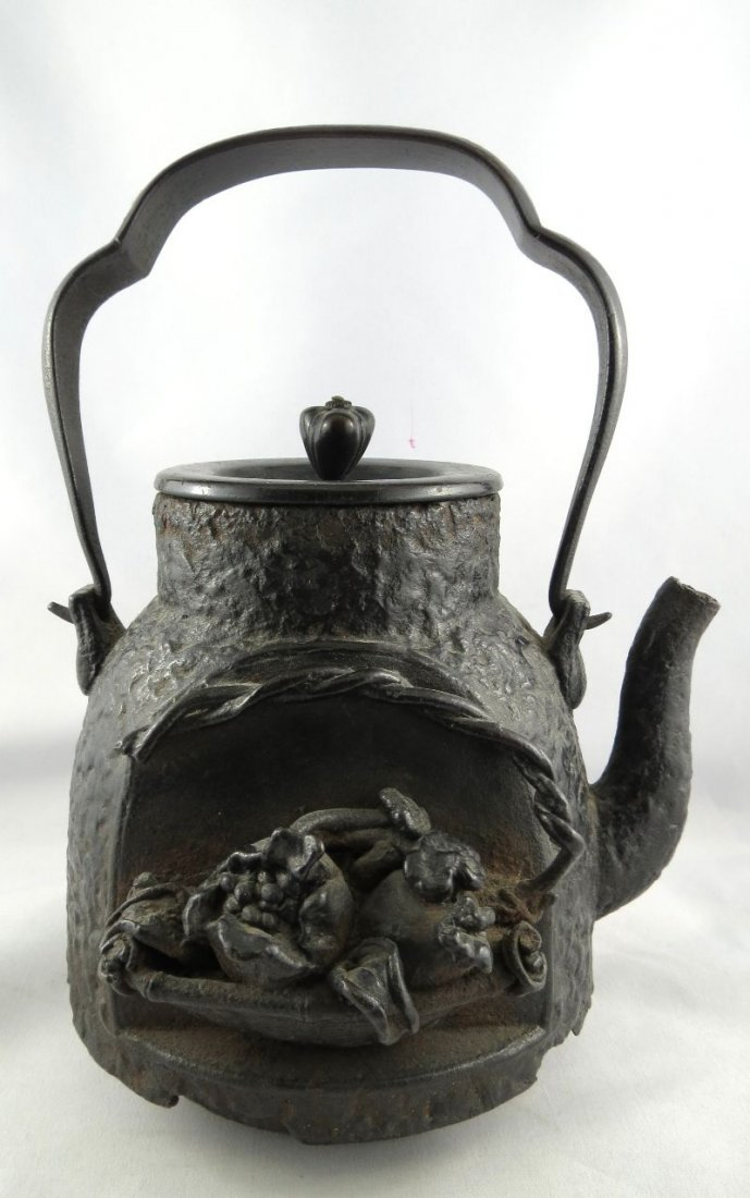 Important Antique Chinese Bronze Tea Pot