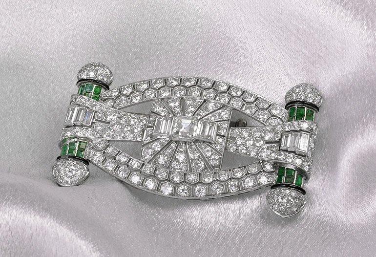 Exquisite Art Deco Platinum, Diamond & Emerald Brooch