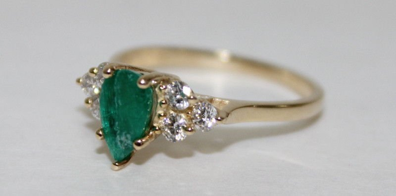 Contemporary 14Kt YG, Colombian Emerald & Diamond Ring