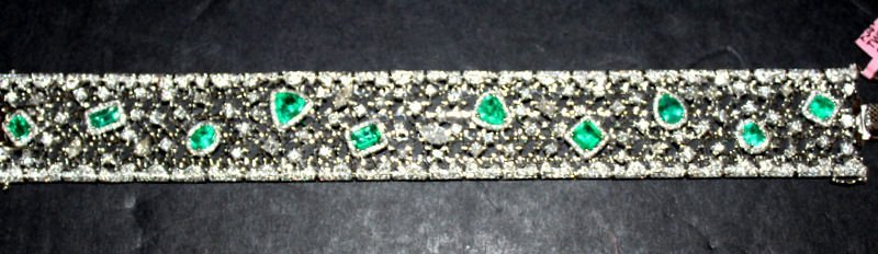 18Kt WG 5.58ct. Emerald & 10.30ct. Diamond Bracelet