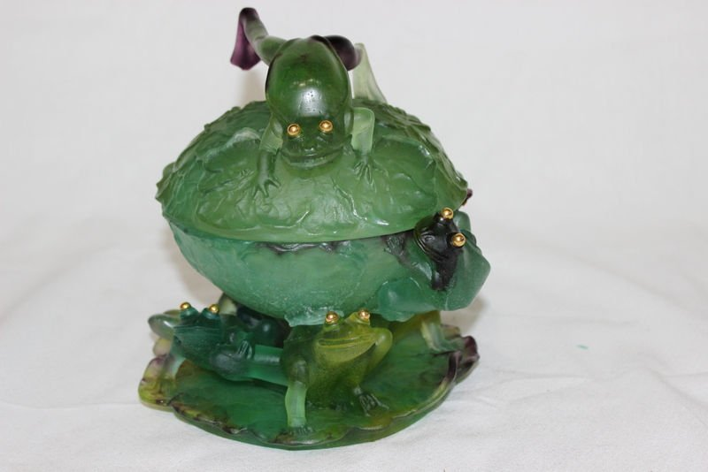 Daum Pate de Verre Frog Covered Bowl