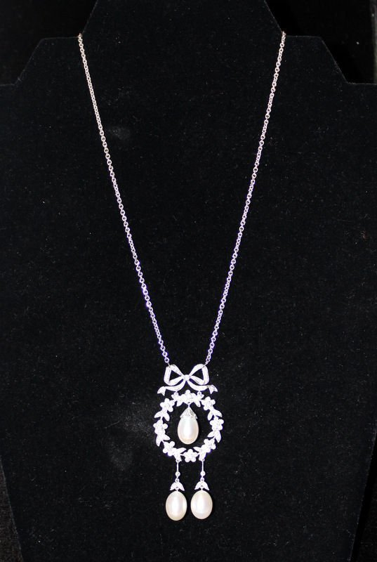 18Kt WG 8.00MM Pearl & 0.84ct. Diamond Necklace