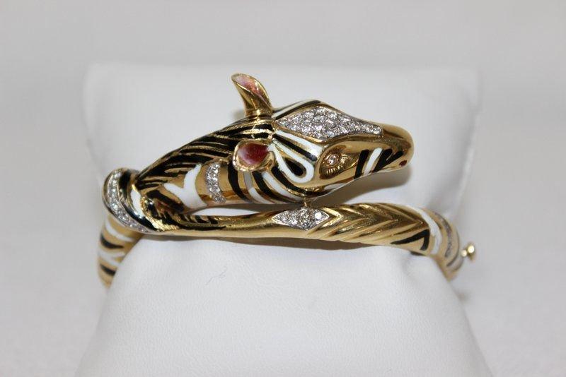 18Kt YG Enamel & Diamond Zebra Bangle