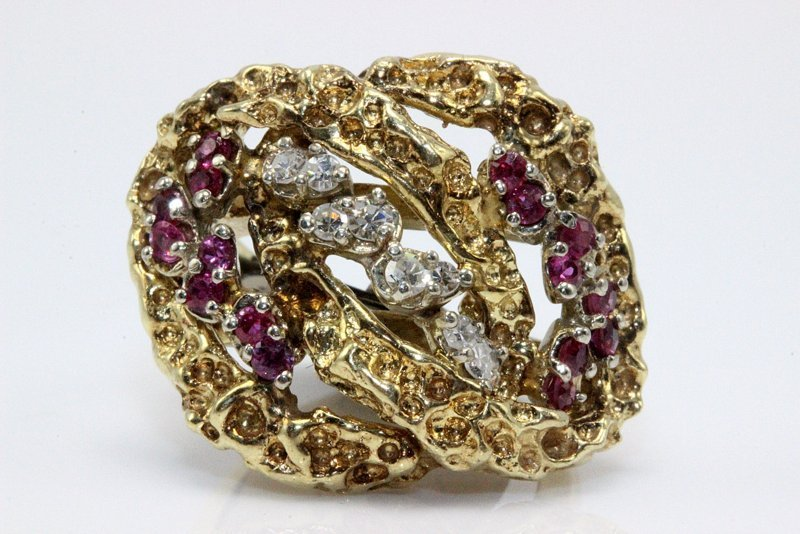 14Kt YG 0.75ct. Ruby & 0.12ct. Diamond Ring