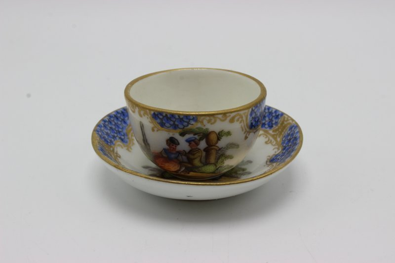 Meissen Miniature Hand Painted Porcelain Tea Cup &