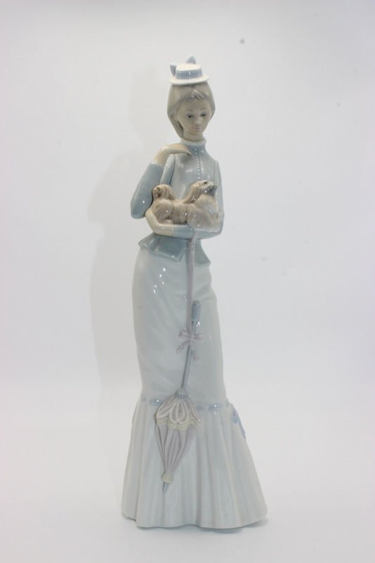 "Lladro ""Walk with Dog"" #4893 Porcelain Group"
