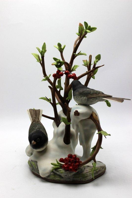 "Boehm ""Junco Hyemalis"" Porcelain Figure - 2"